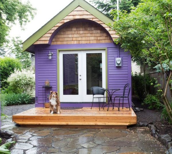 Purple tiny house vacation portland oregon 0001 600x535