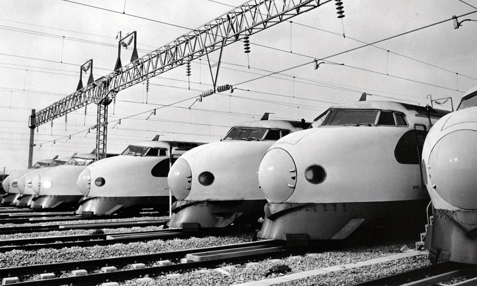 shinkansen 1 - The Tokaido Shinkansen